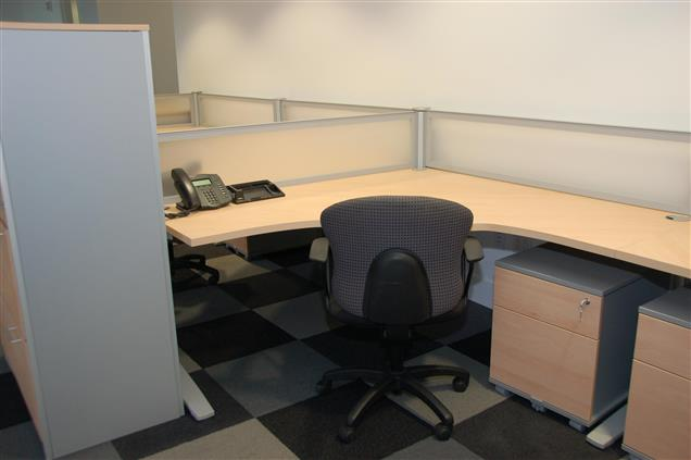 4770 Biscayne Suite 730 - Coworking Desk Space