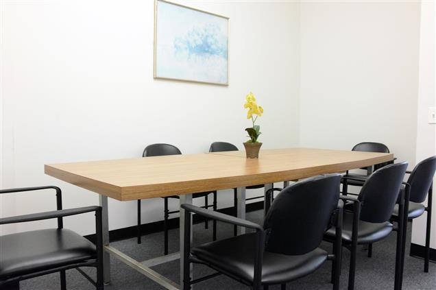 4Corners Business Centers - Downtown Brooklyn, NY - Conference Room