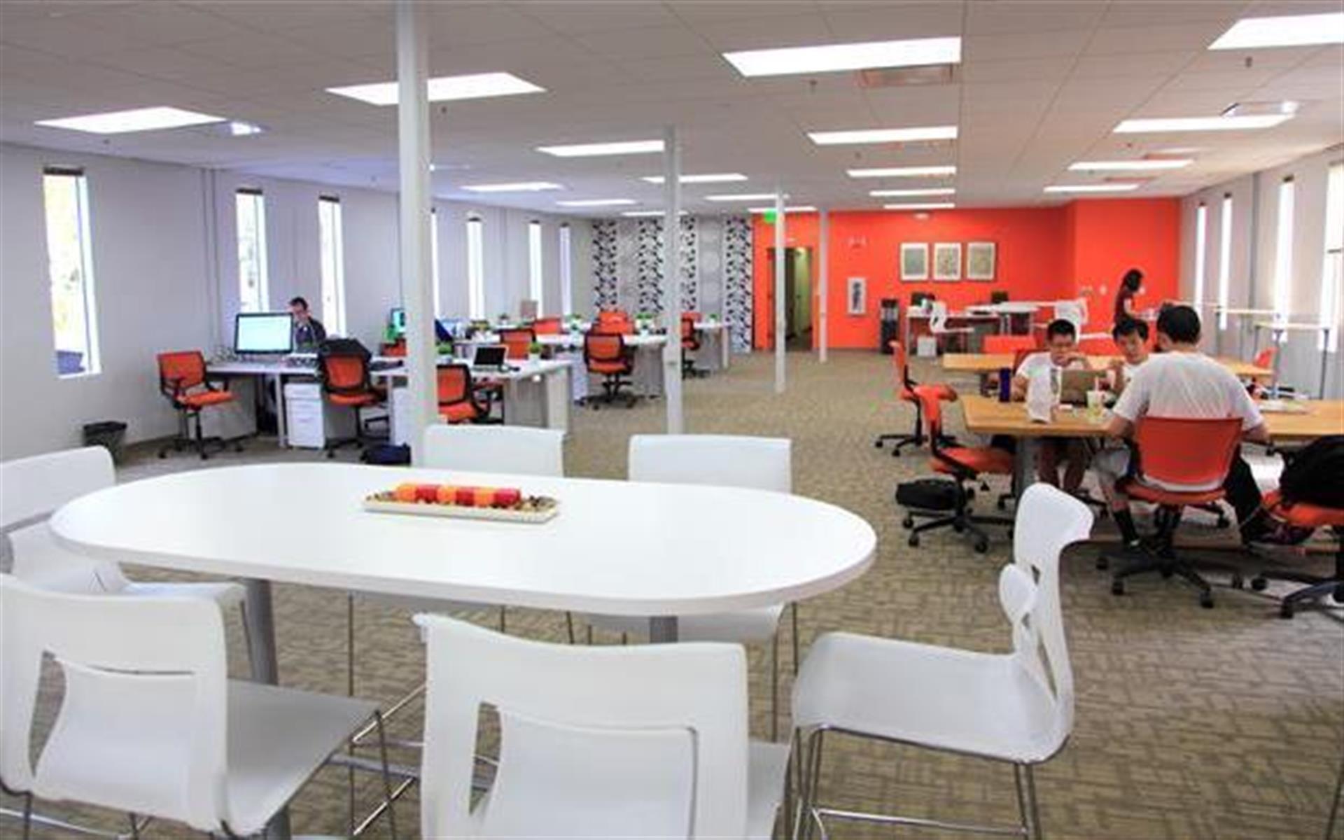 Enerspace Coworking - Full Time Coworking