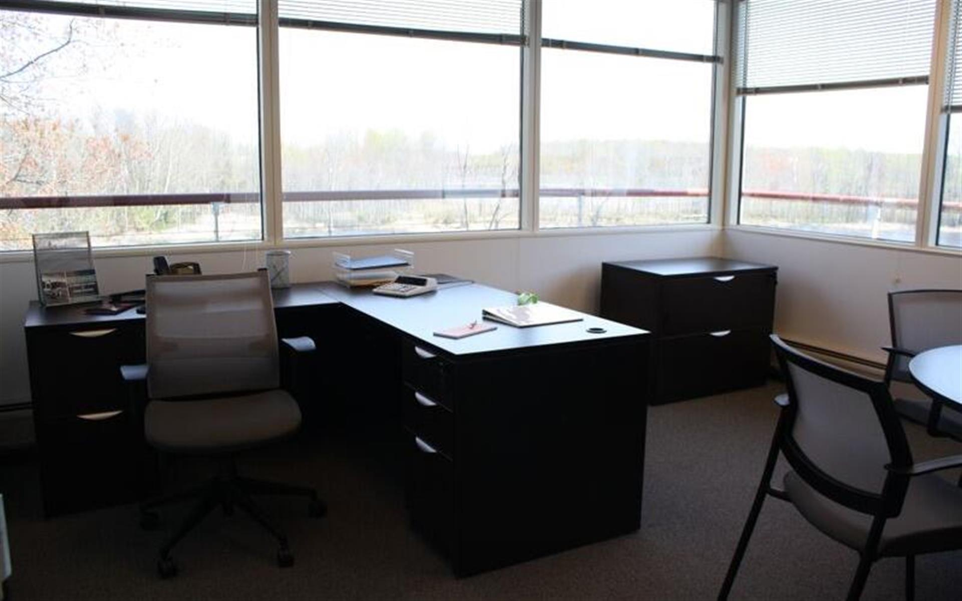 CollaborationCore - Private Office - #S313 (daily)