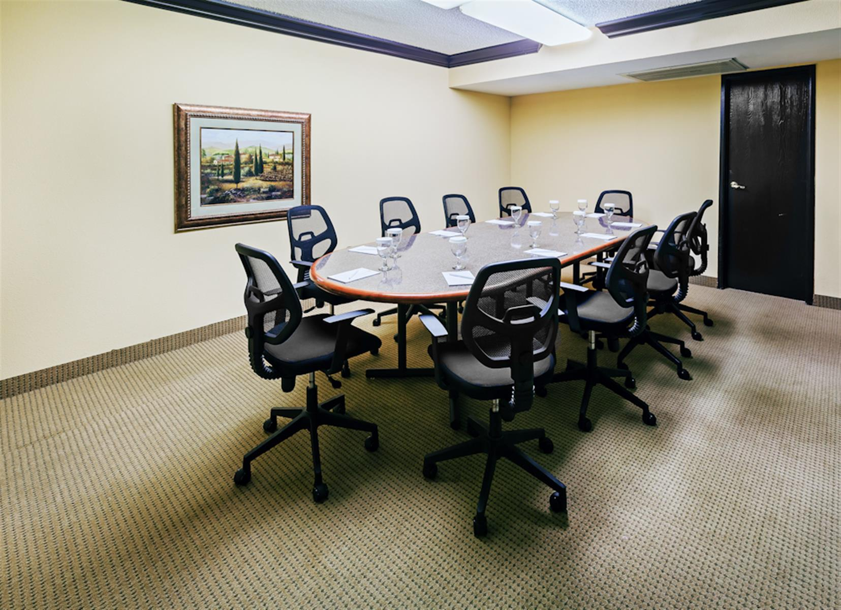 Crowne Plaza Suites Hotel Meeting and Banquet Facility - Private Boardroom