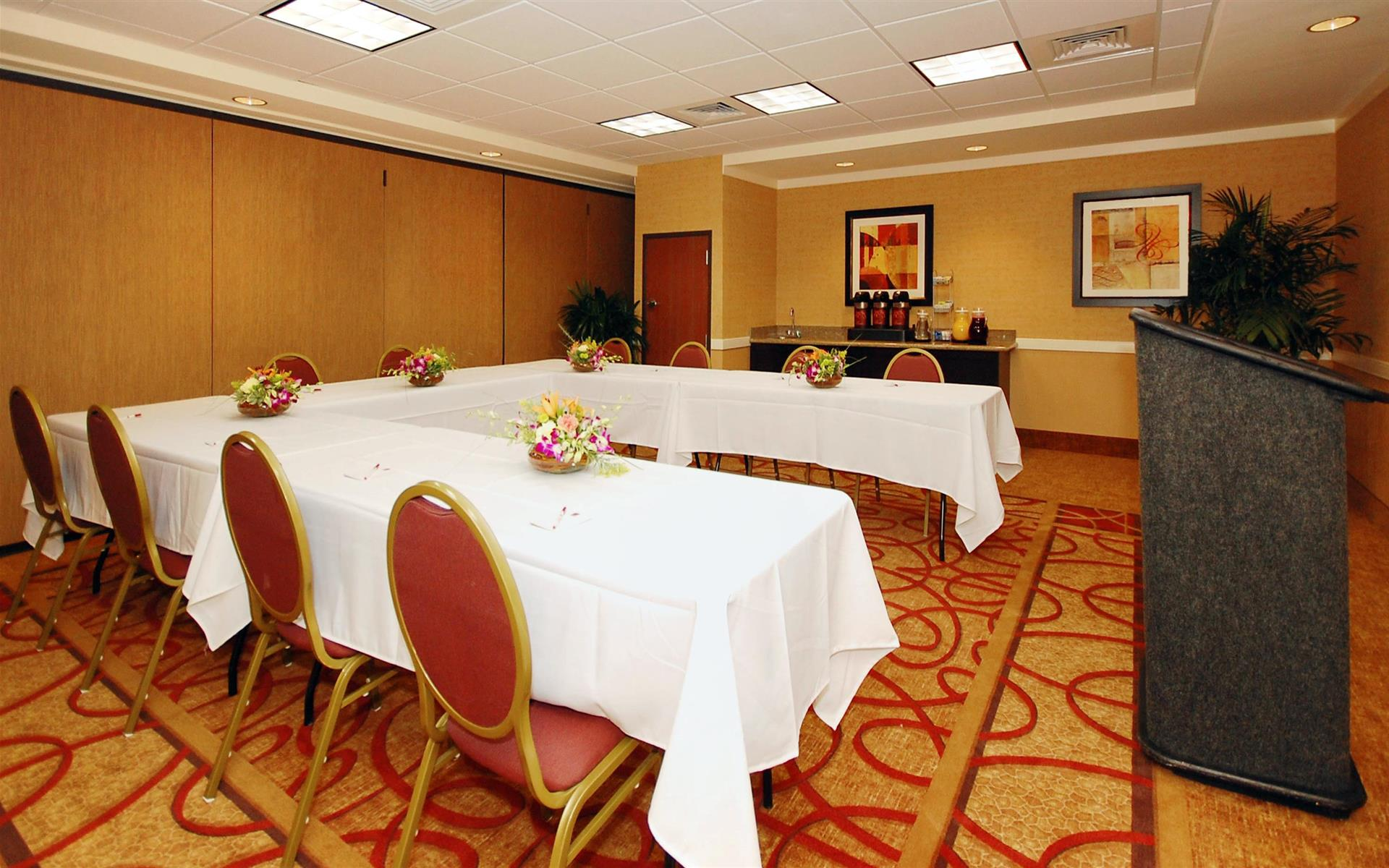Comfort Suites Ontario Convention Center Hotel - Cucamonga Room
