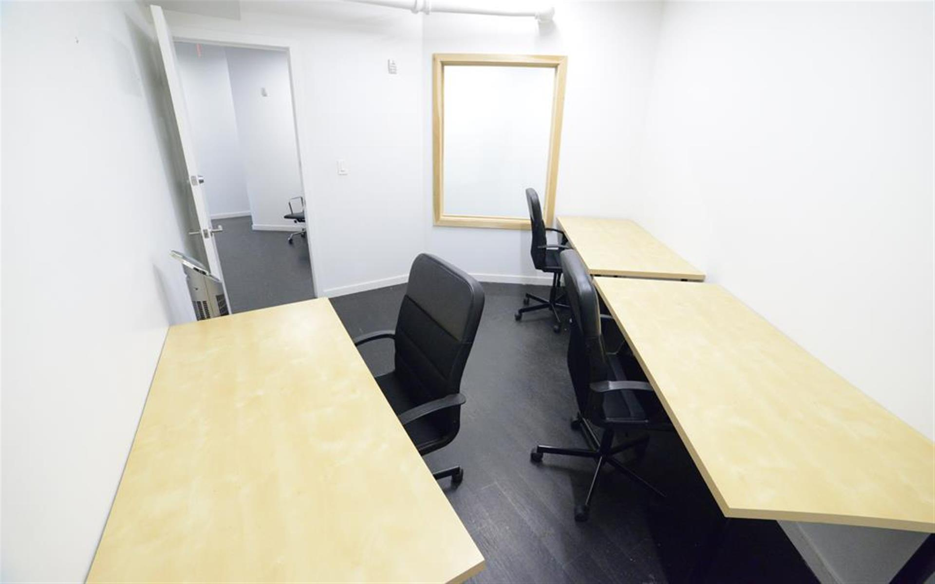 2P Tribeca - NYC - Private Office in Tribeca