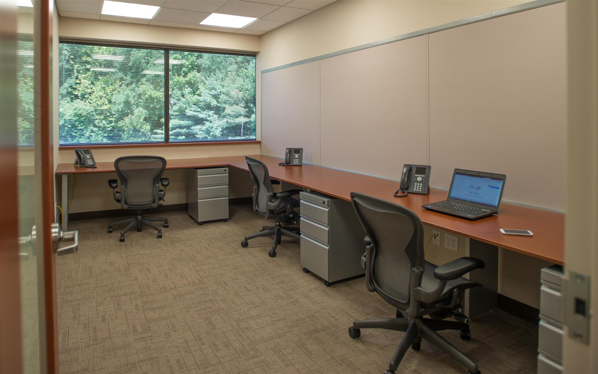 Symphony Workplaces -Westport CT - 248 Ensemble Team Workspace