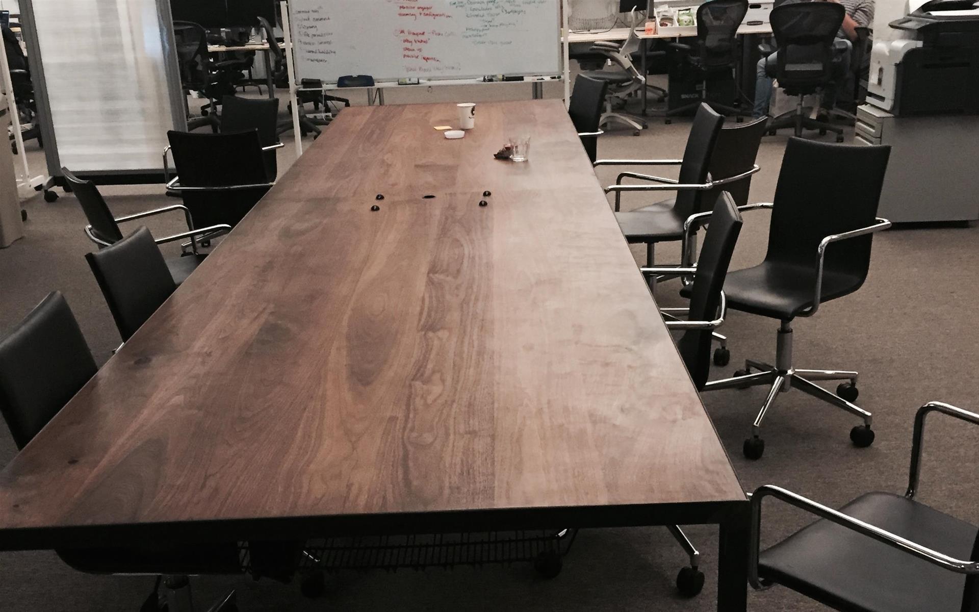 Say Media - One person open desk