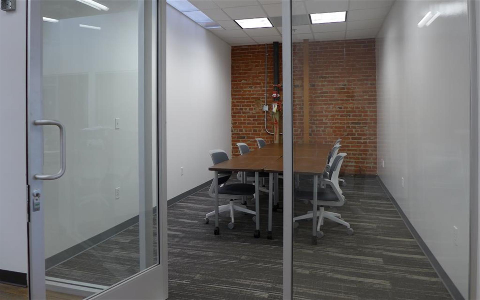 BLANKSPACES DTLA - Private Office for 6-8