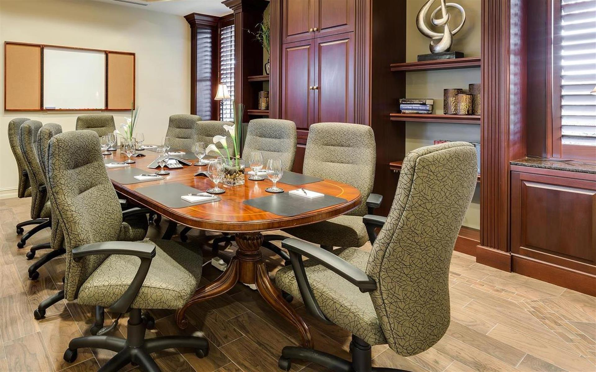 Windsor Office Suites - Windsor Board Room