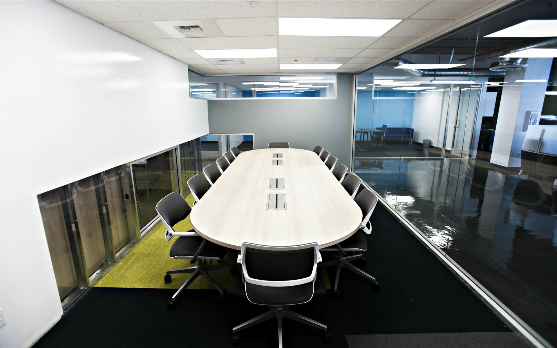 SANDHOUSE Los Angeles - Large Conference Room