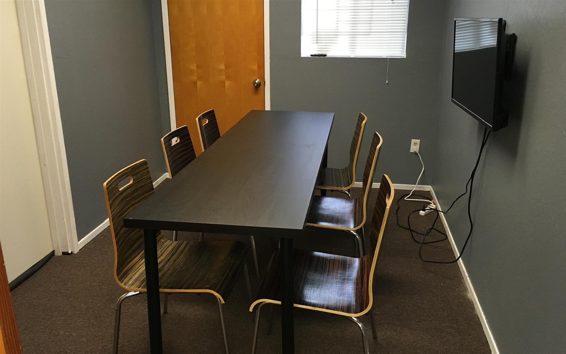 Cotton CORE Spaces - Conference Room for 6