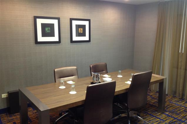 Courtyard Chicago Midway Airport - Millennium Boardroom