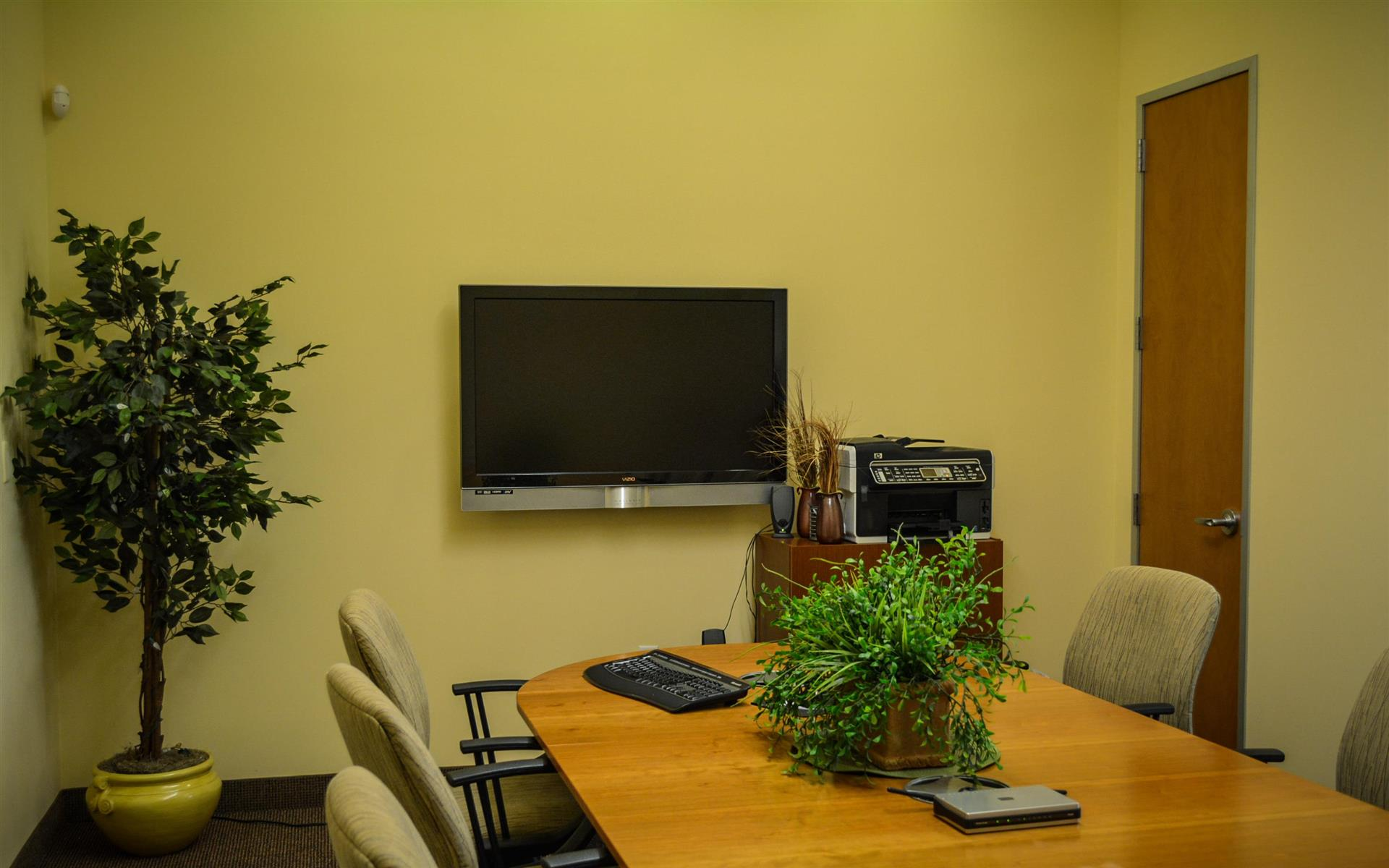 Carvalho Real Estate Group - Conference Room