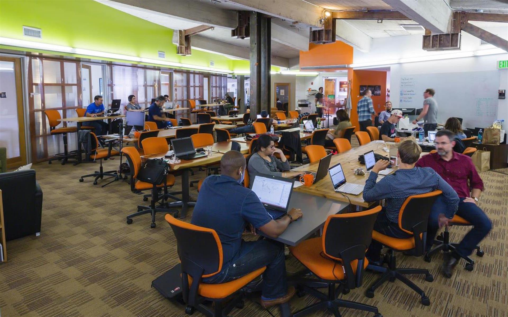 NextSpace LA (Culver City) - Workstation