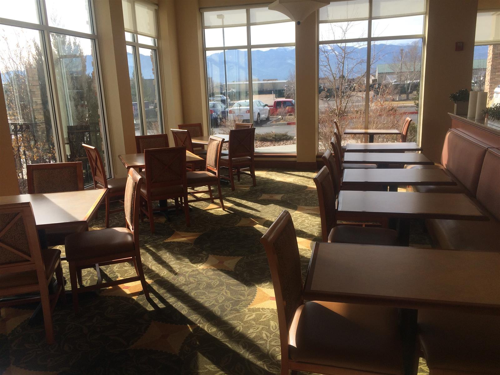 Hilton Garden Inn Colorado Springs Airport - Lobby Atrium - Space 3