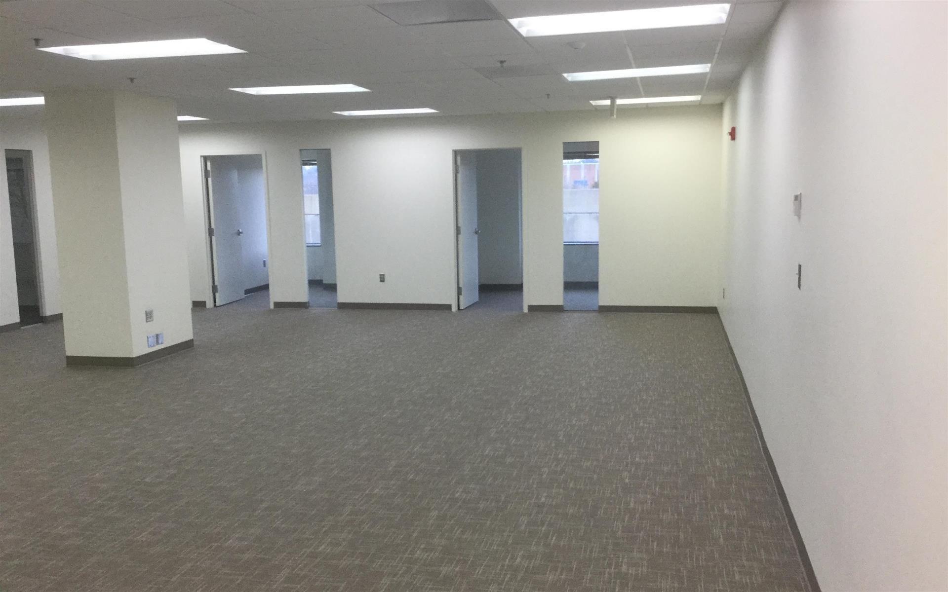 WashingtonREIT   Braddock Metro Center - Team Office   Suite 203