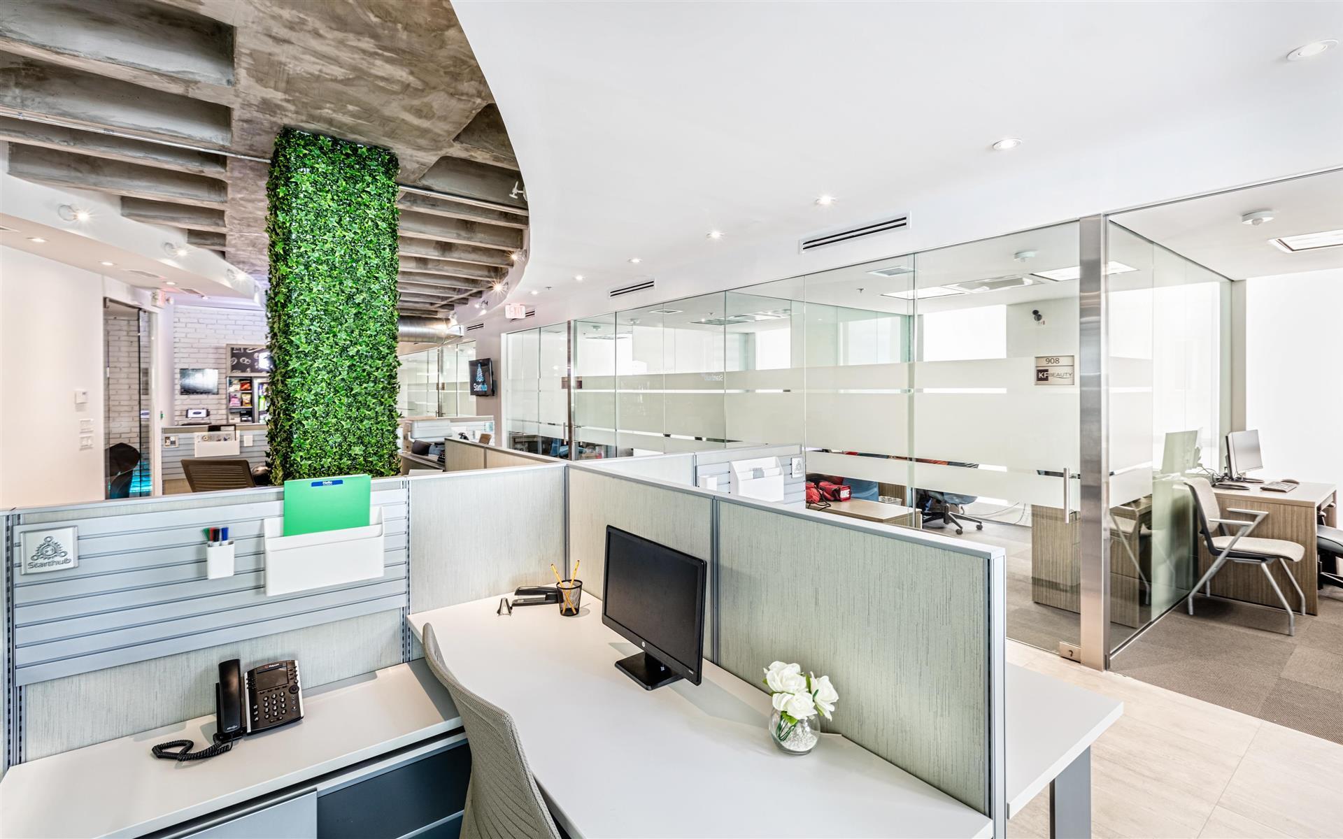 StartHub Miami - Dedicated Desks