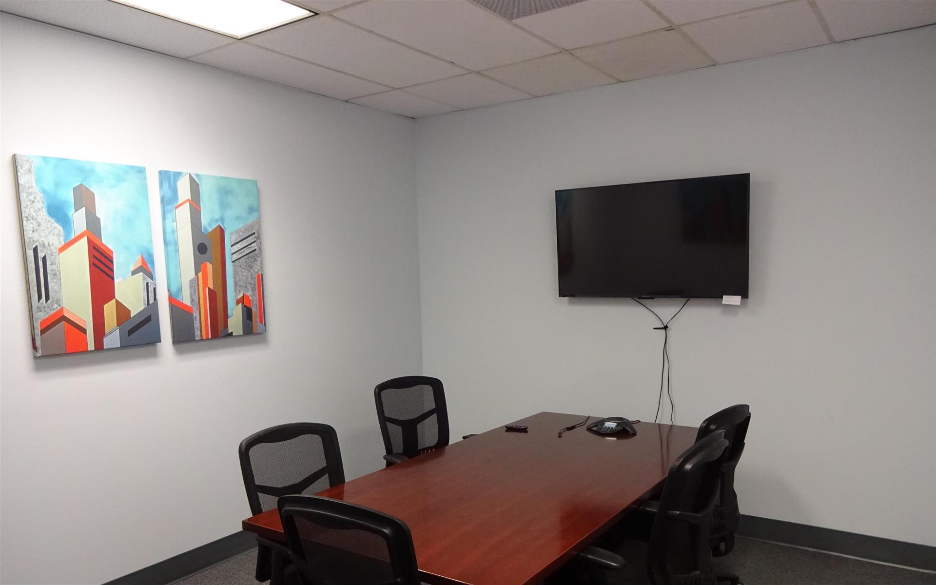 Suites@Madison - Meeting Room