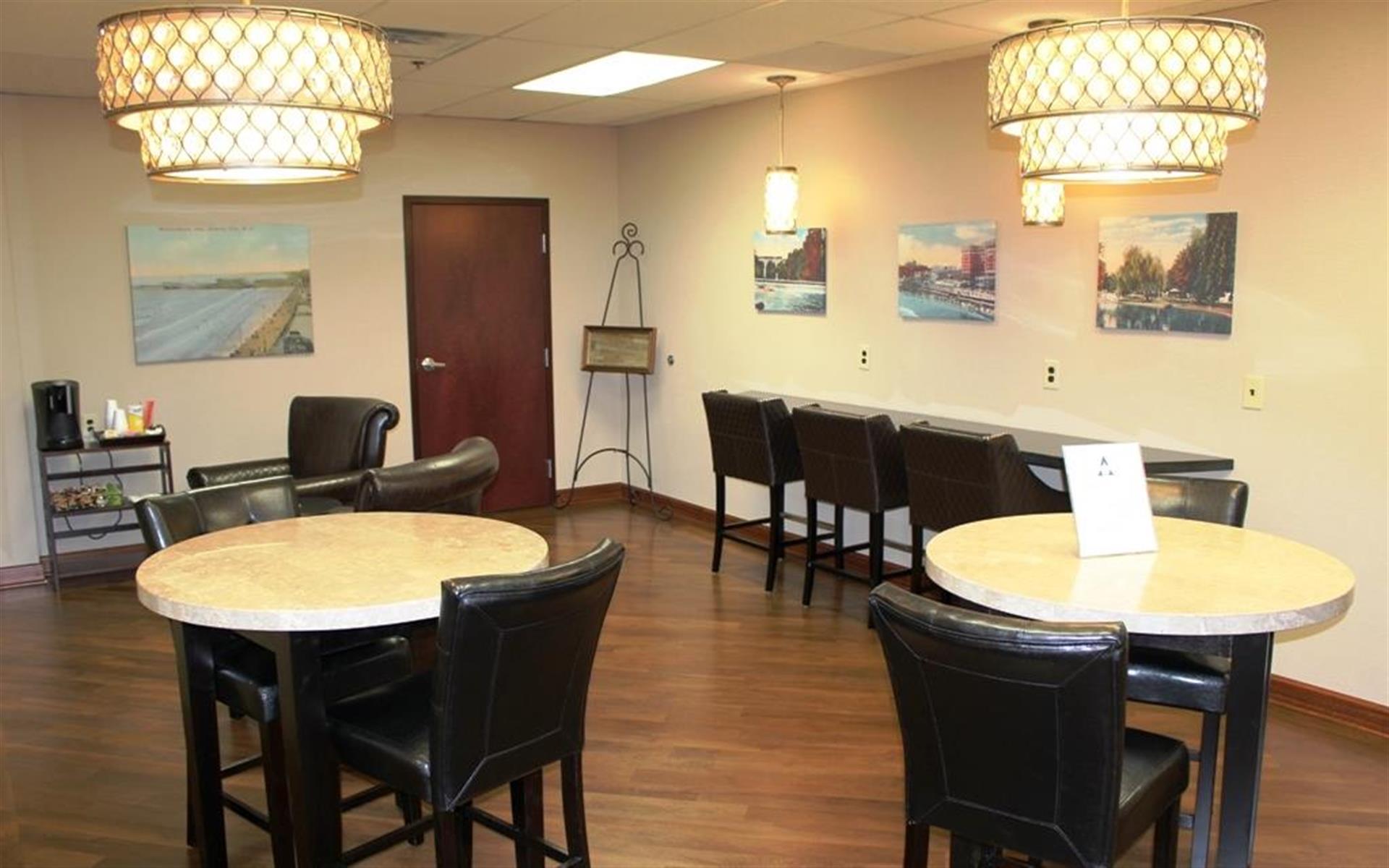 Atrium Executive Center, Mt. Laurel, NJ - Co-work in the lounge