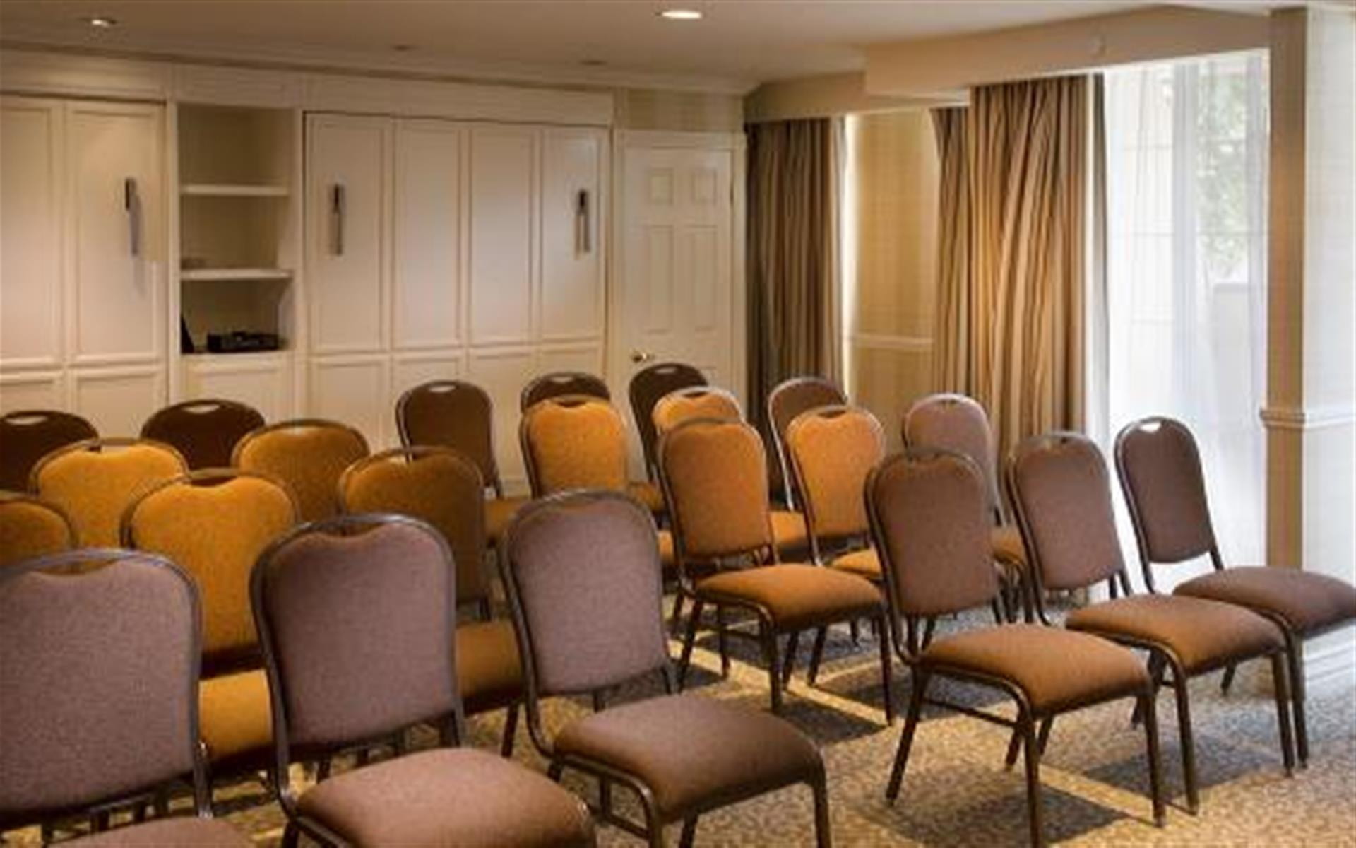 Le Parc Suite Hotel - Meeting Suite 2
