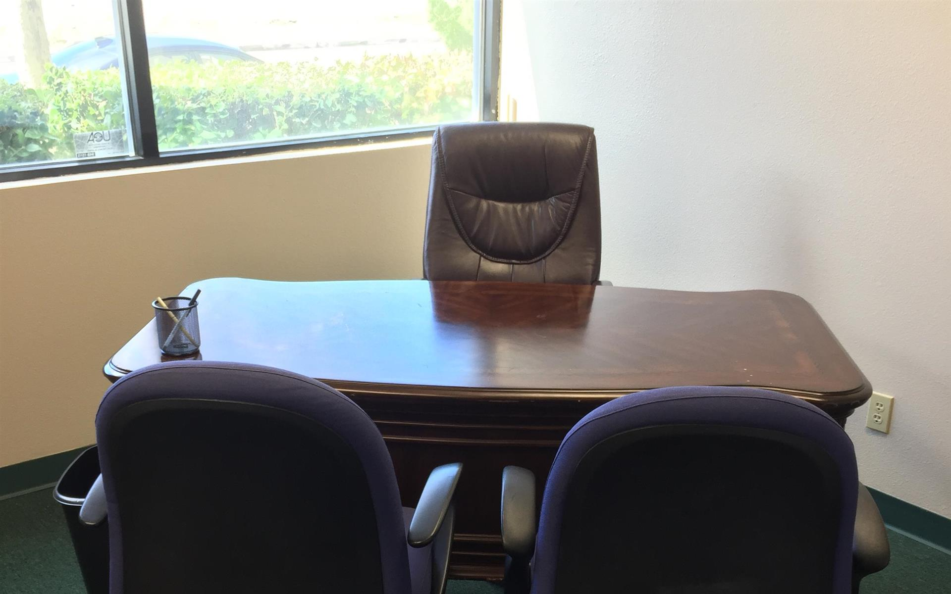 The Met Center AV - Executive Office Suite 515 - F2