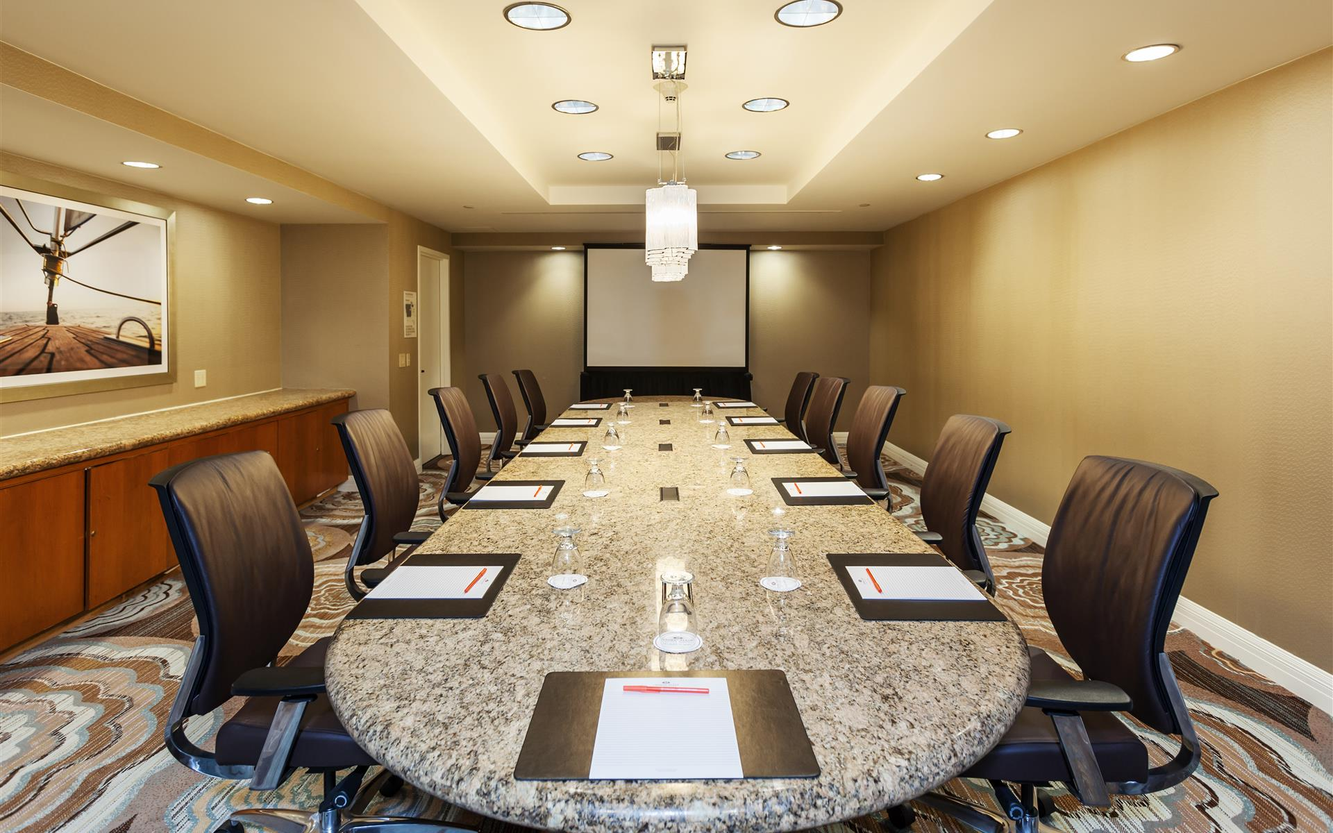 Crowne Plaza Redondo Beach & Marina Hotel - Executive Boardroom