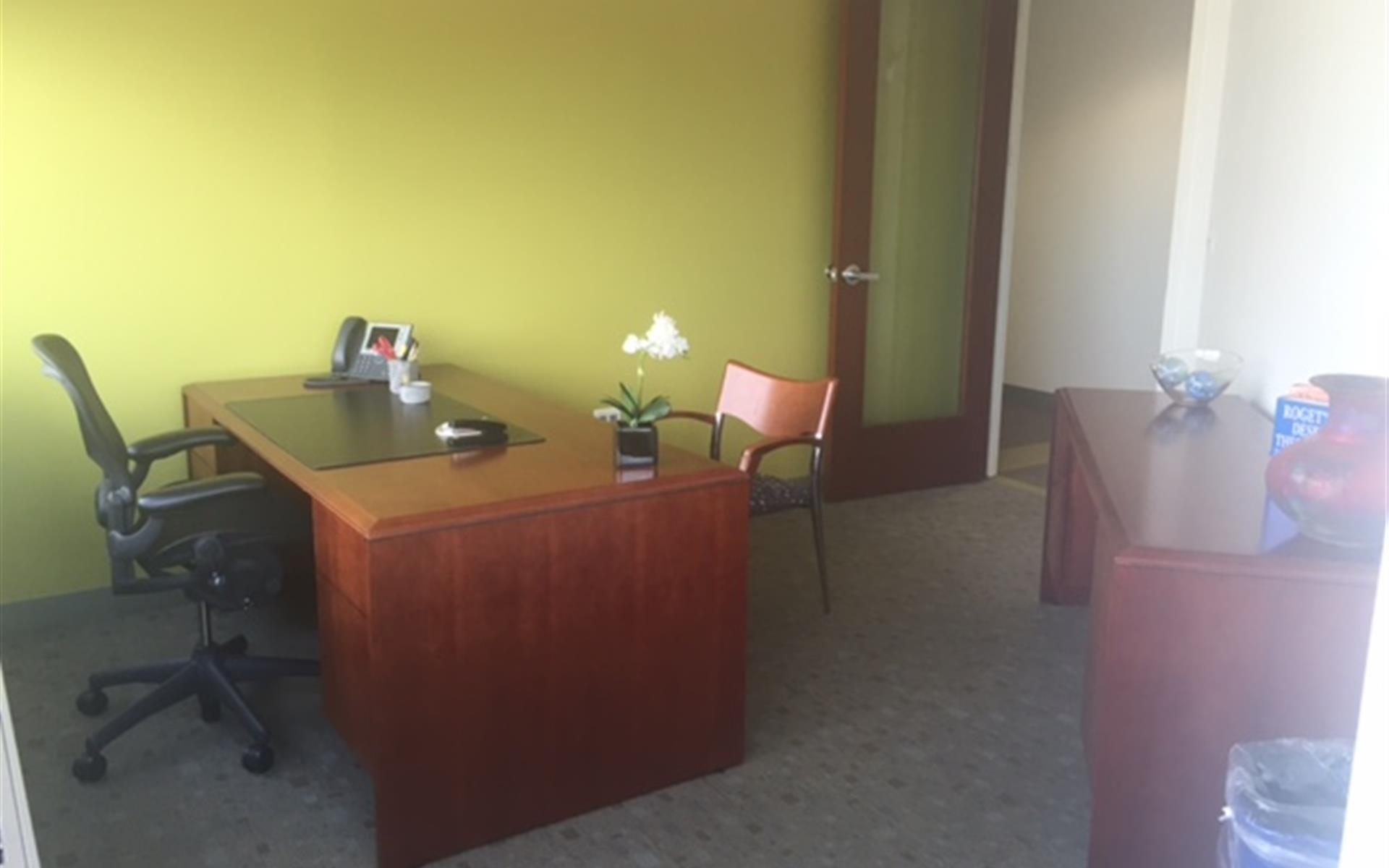 Carr Workplaces - Tysons Greensboro - Office 947