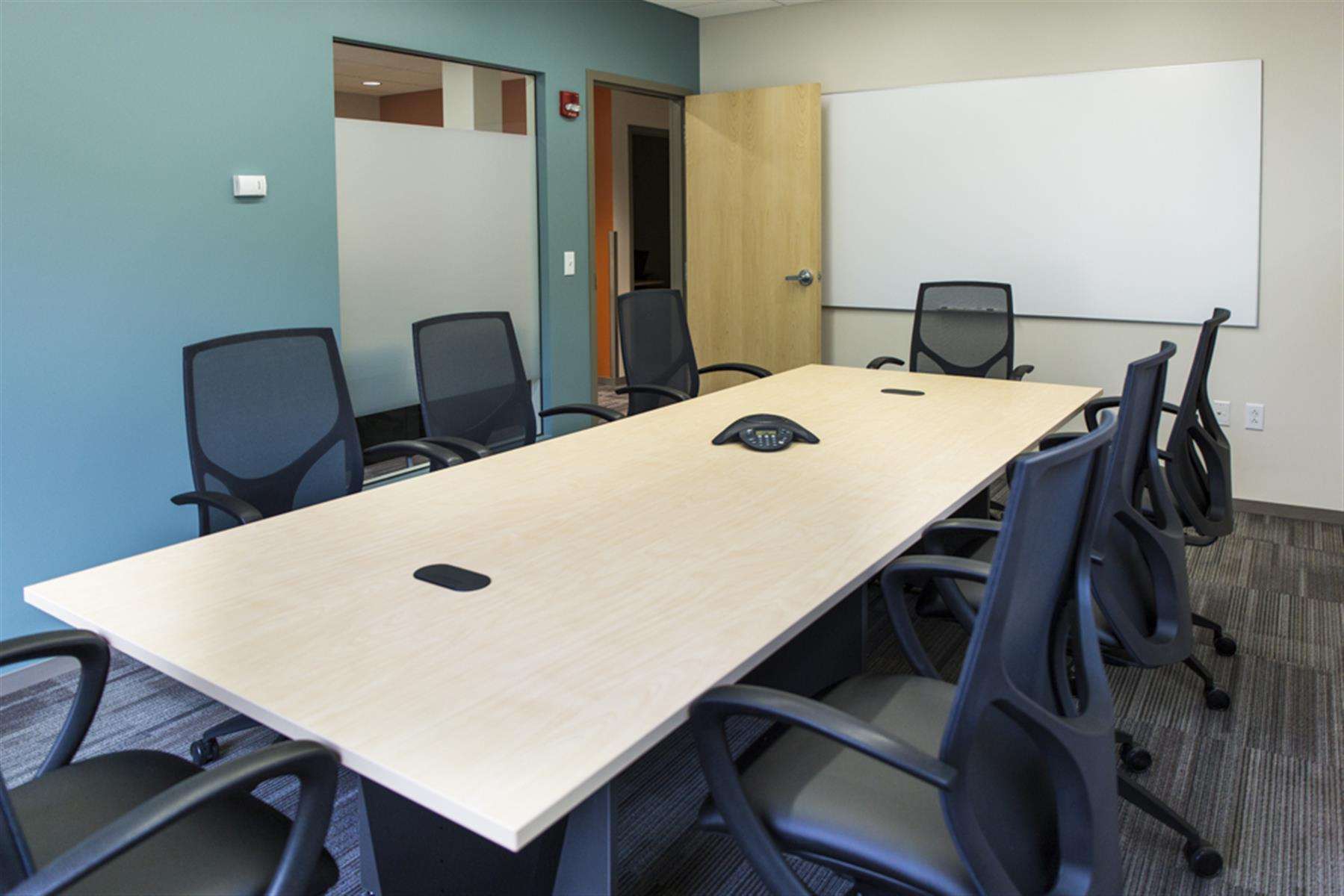Office Evolution - Salt Lake City/Holladay - Large Conference Room