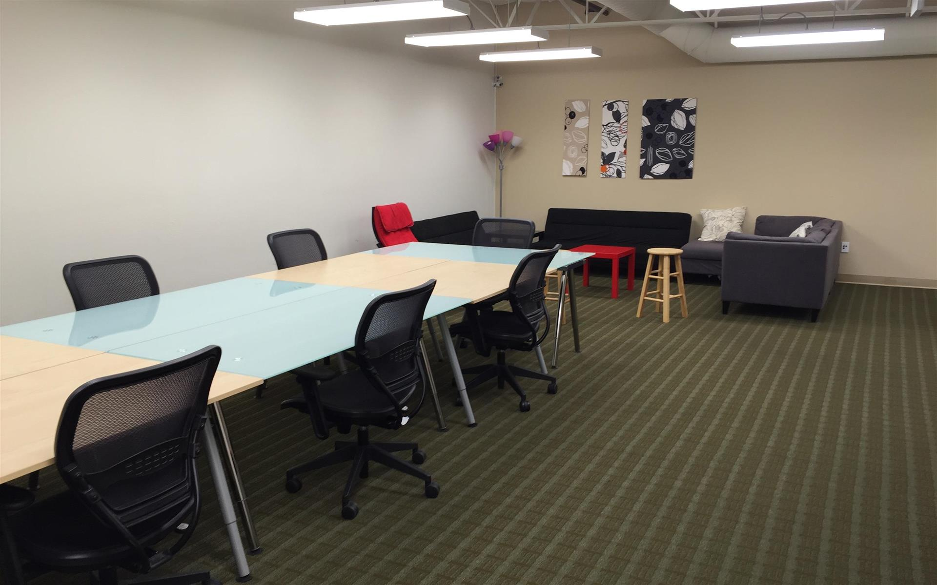 Critosphere - A Coworking Solution in Fremont - Coworking Desk