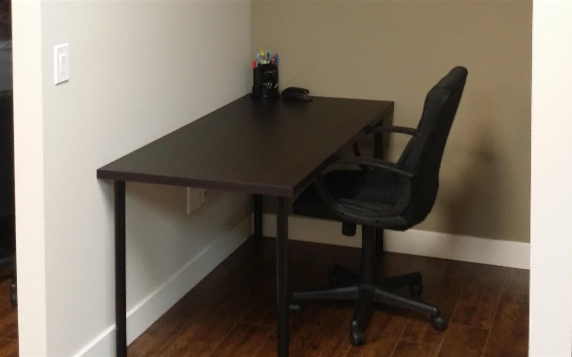 The Offices @ Upland Inn - Dedicated Desk