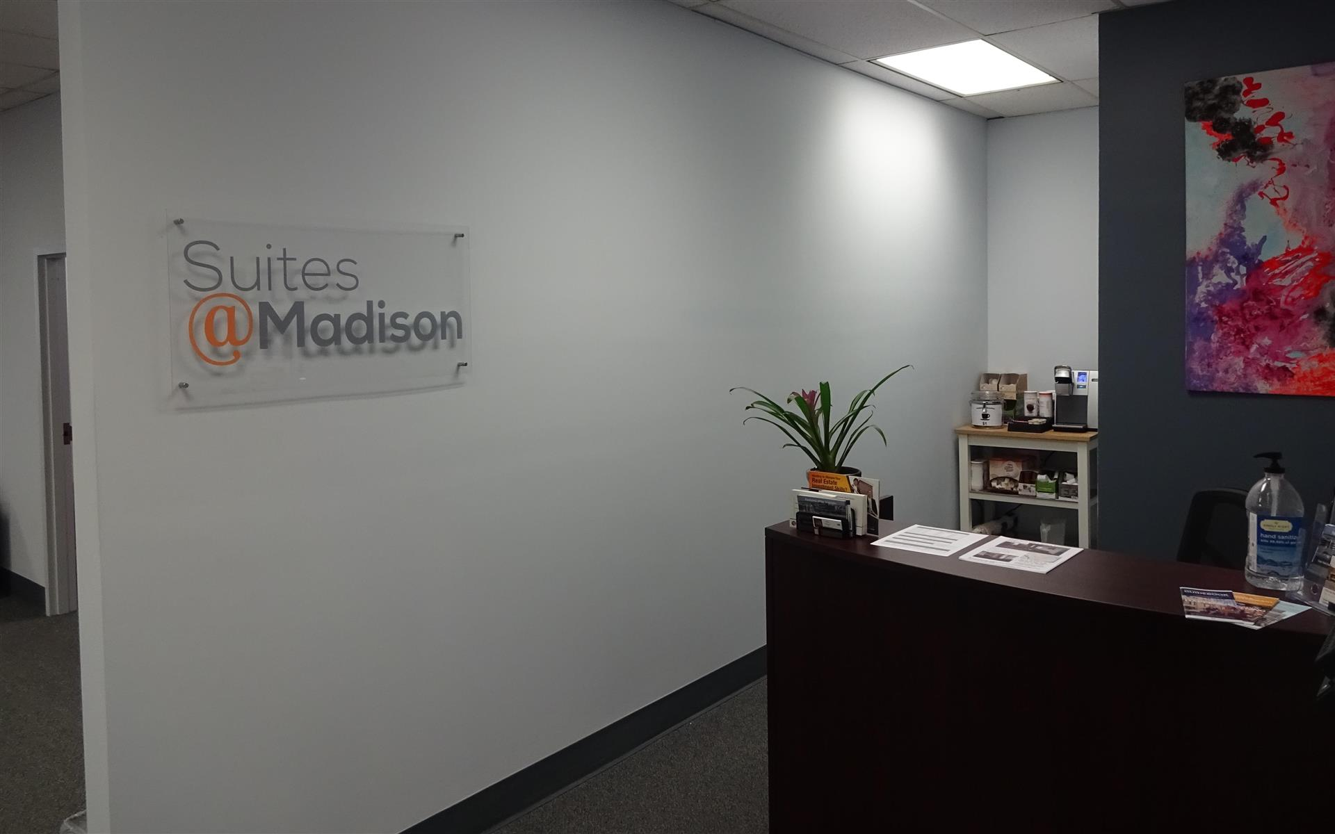 Suites@Madison - Open Desk