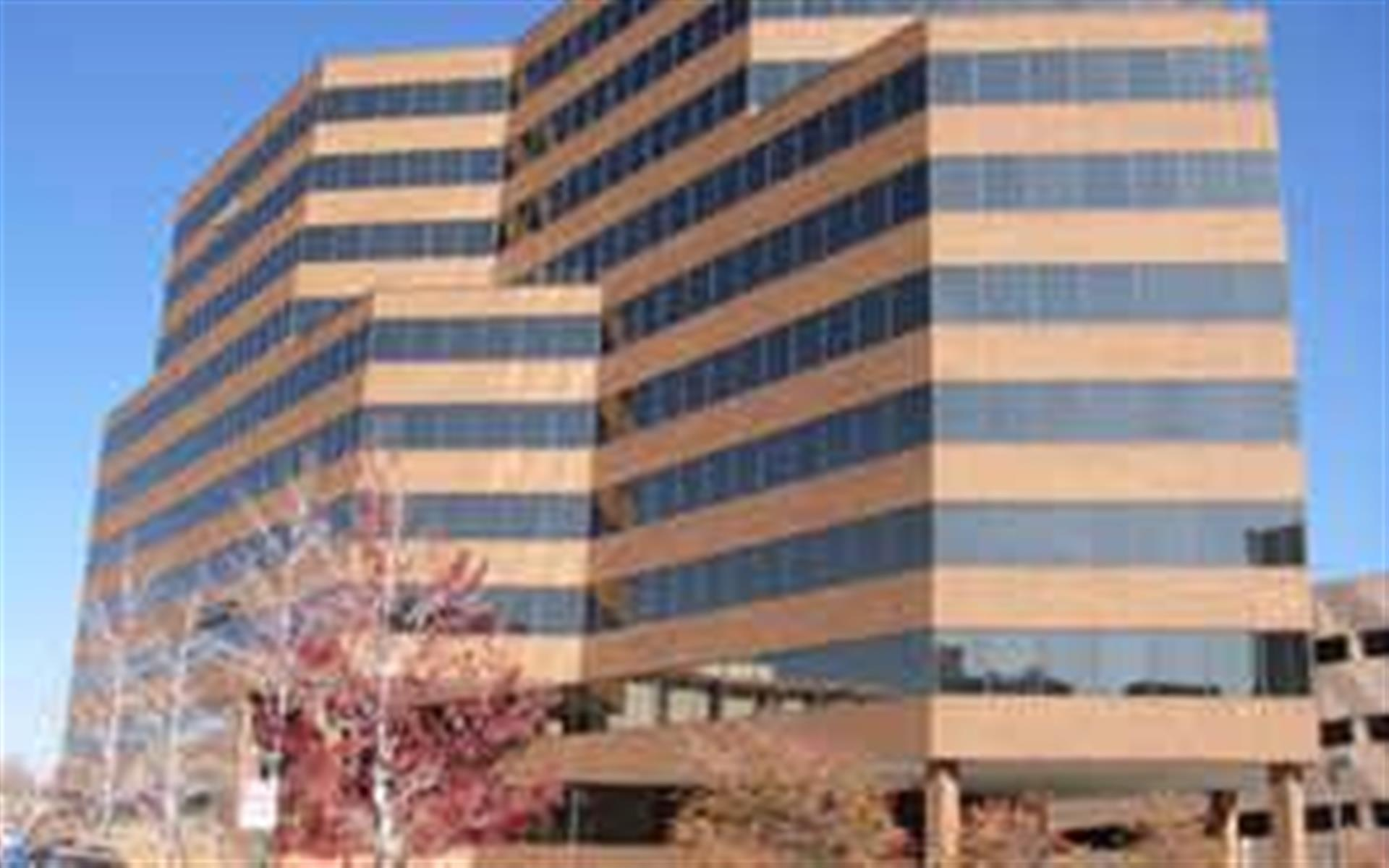 Intelligent Office Denver (Cherry Creek) - Executive Suite