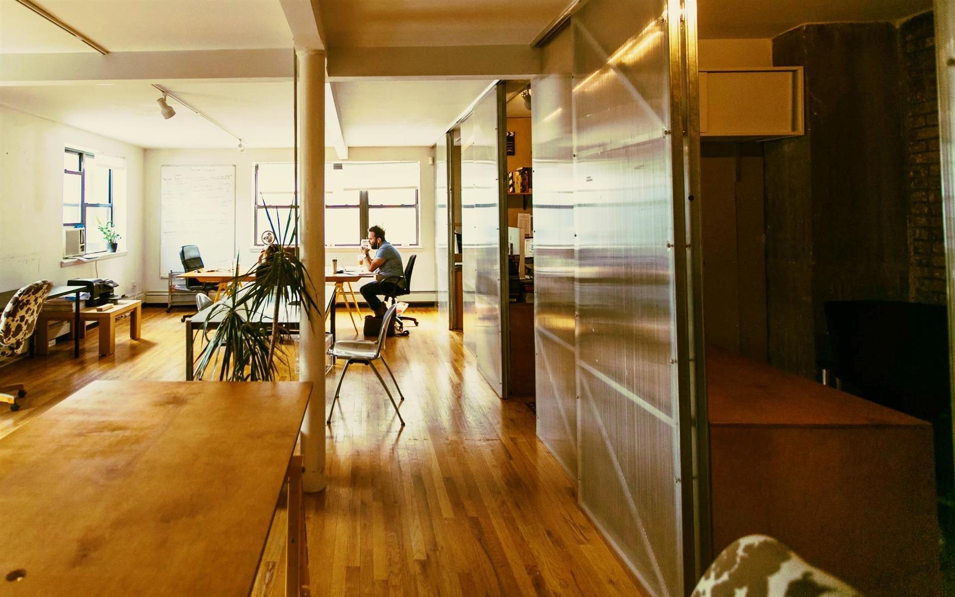 Workspace Williamsburg - Hot Desk
