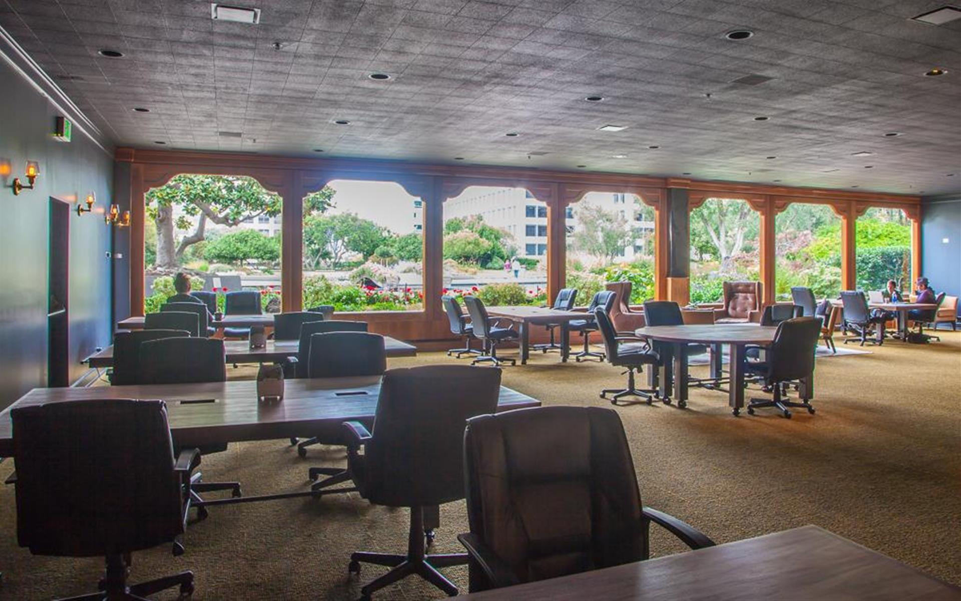 The Port Workspaces @ Kaiser Mall - Coworking (LExC Members Only)