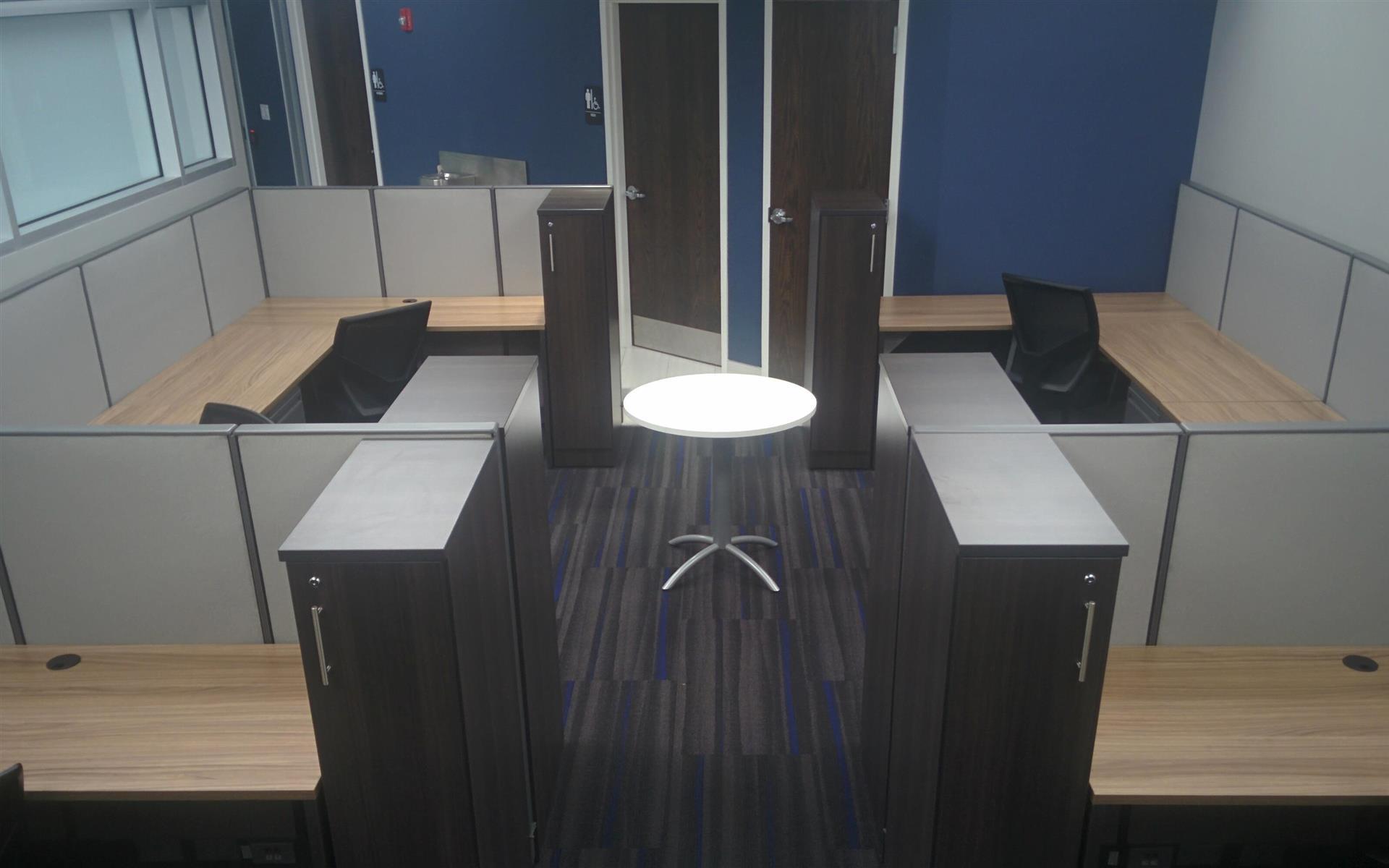 SolVast Corp - Open desk