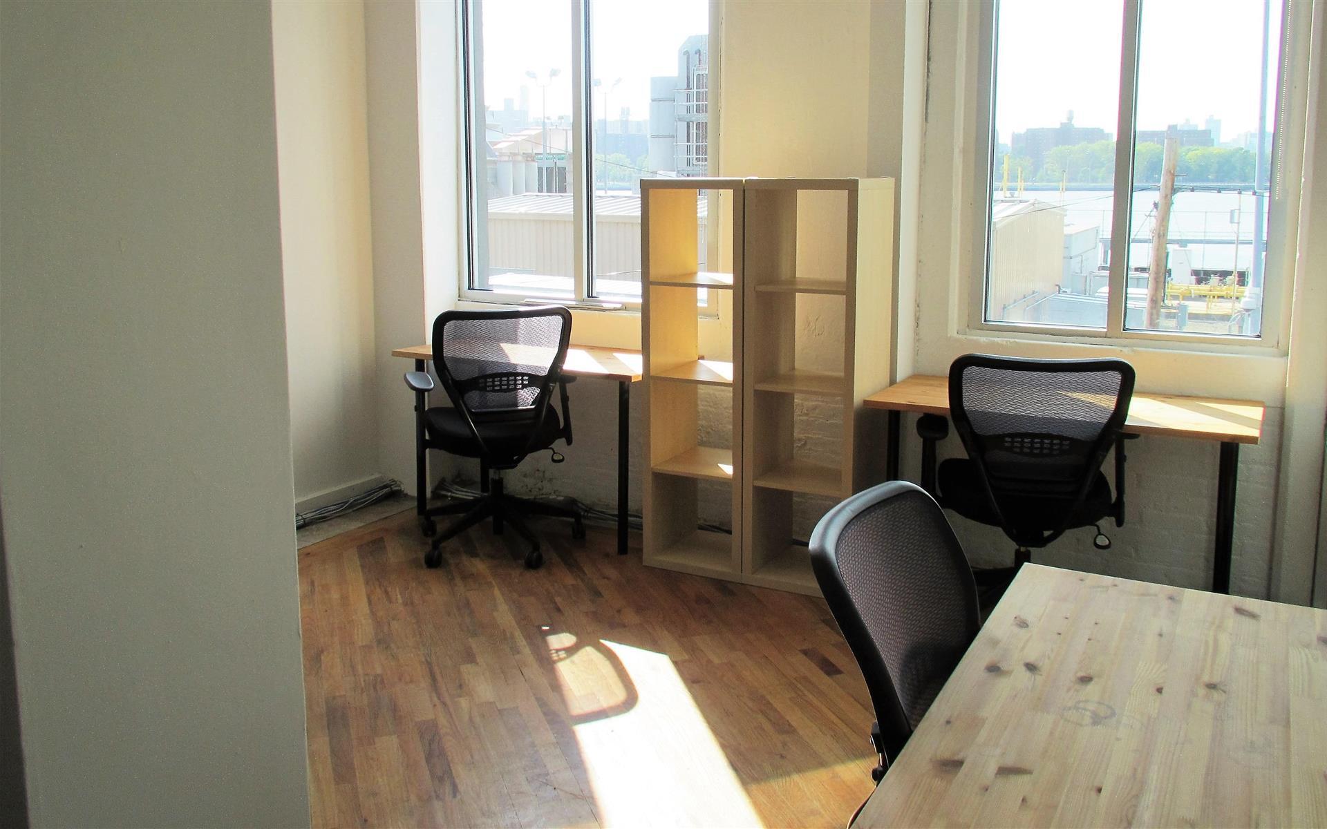 Green Desk - 240 Kent Ave - Fully Furnished 4 Desk Office