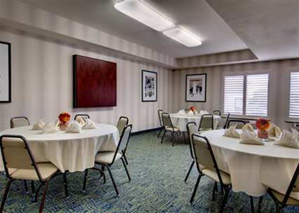 Hampton Inn San Francisco-Daly City - Skyline Meeting Room