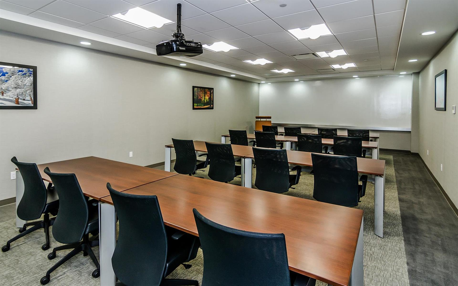 TOTUS Business Center Long Island - Melville, NY - Oak Conference Room