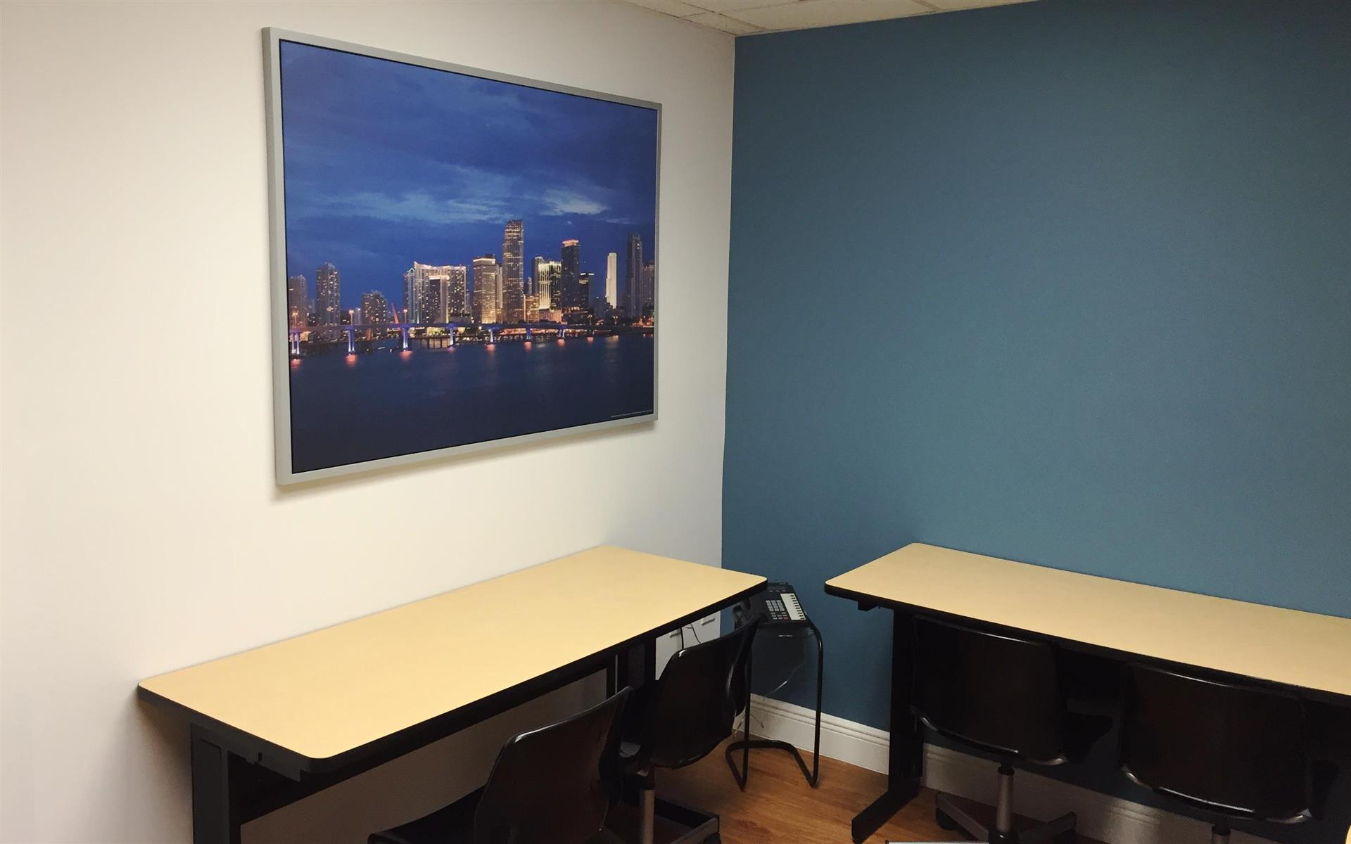 Goldbetter Miami Office Business & Conference Center - Open Desk
