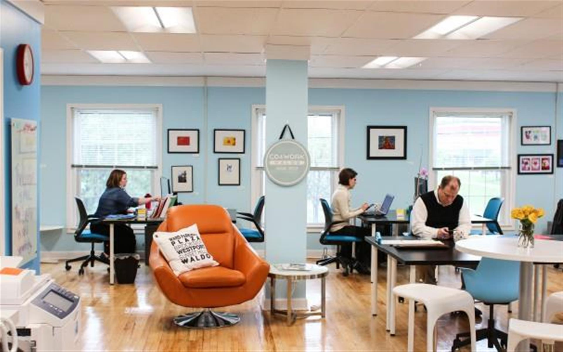 Cowork Waldo - Flex Desk Full-Time
