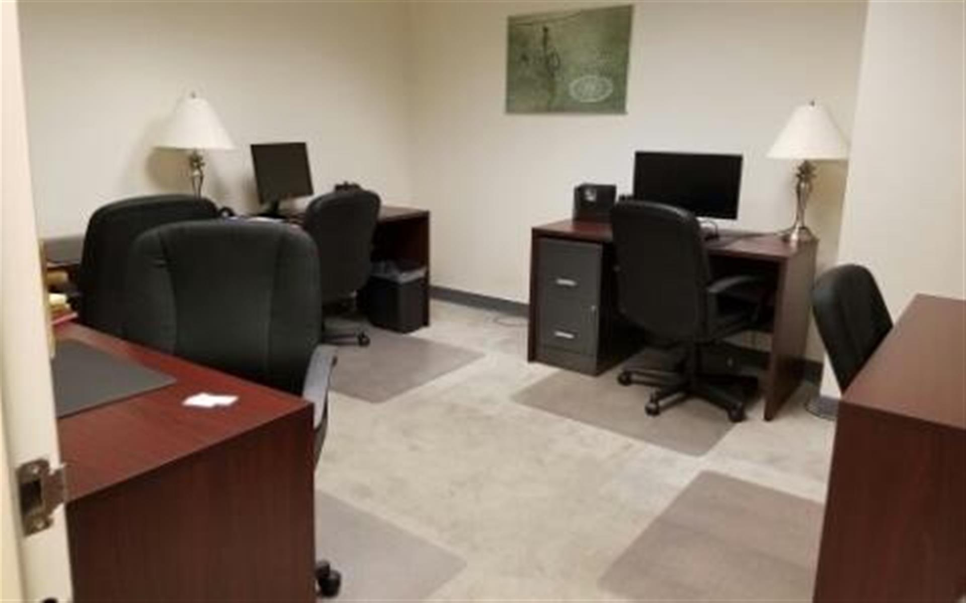 NYC Office Suites 708 (3rd Ave. & 44th) - Flexible Private Office Space 708 for 2