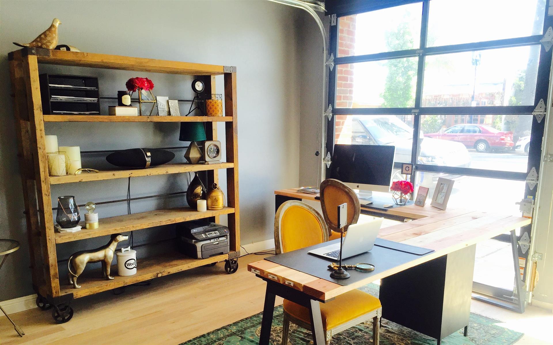 Swoon - Dedicated Desks - Industrial Design