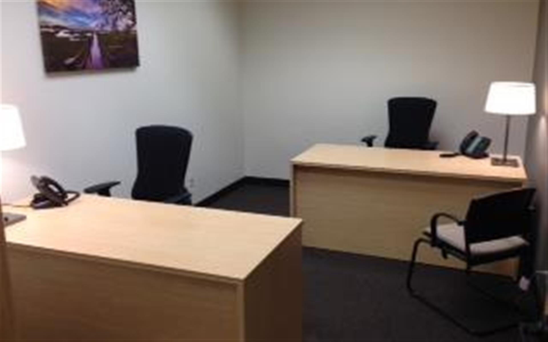Intelligent Office of Jacksonville - Suite 112 Double Office