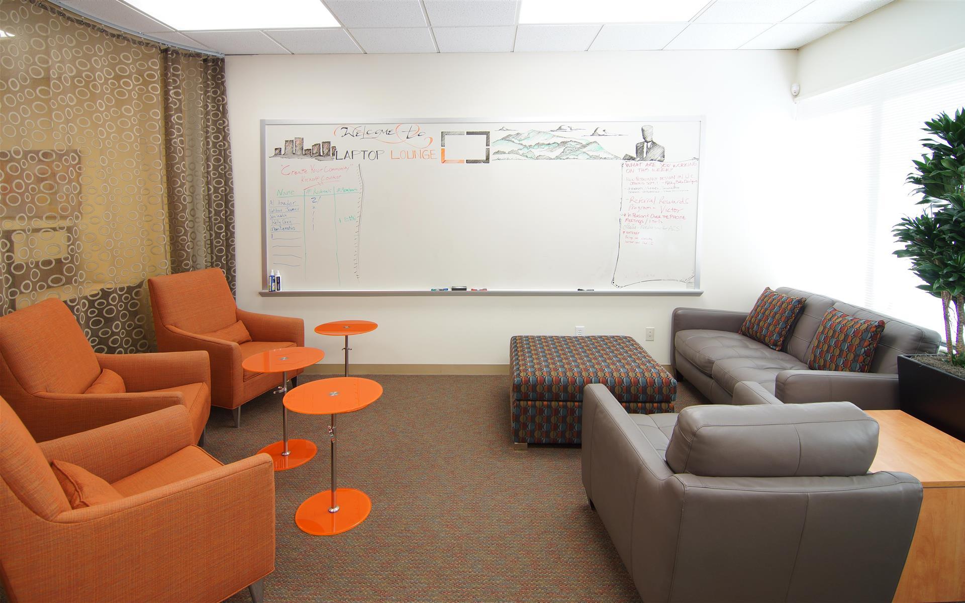Laptop Lounge - Unlimited Lounge