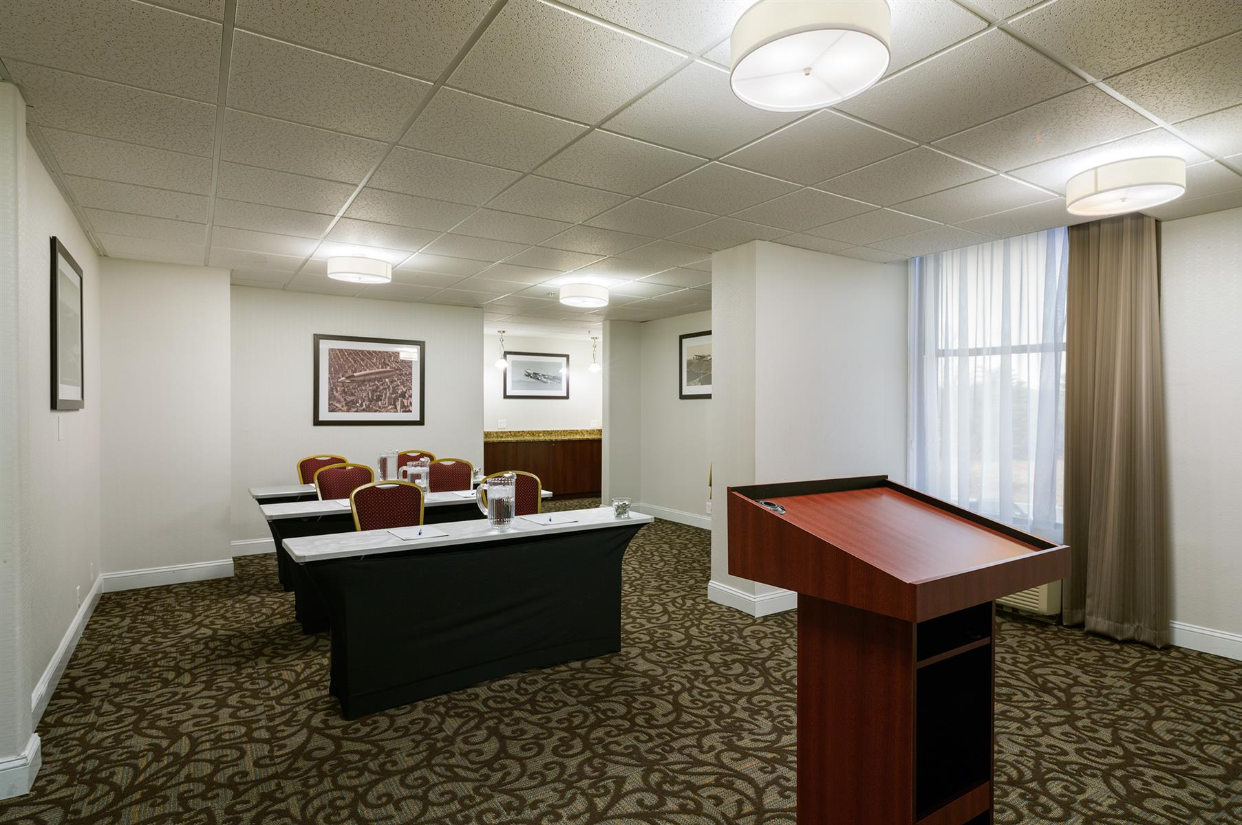 Holiday Inn Express Washington, DC-East Andrews AFB - Meeting Room