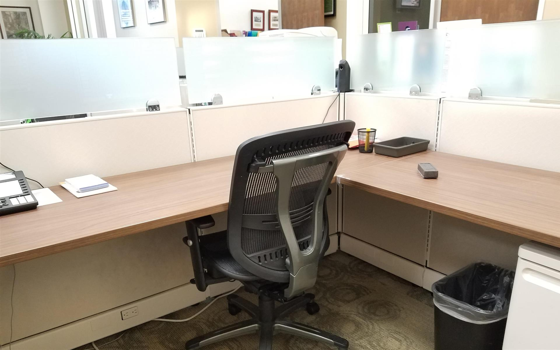 Better Homes and Gardens Real Estate- El Cerrito Office - Desk for 1