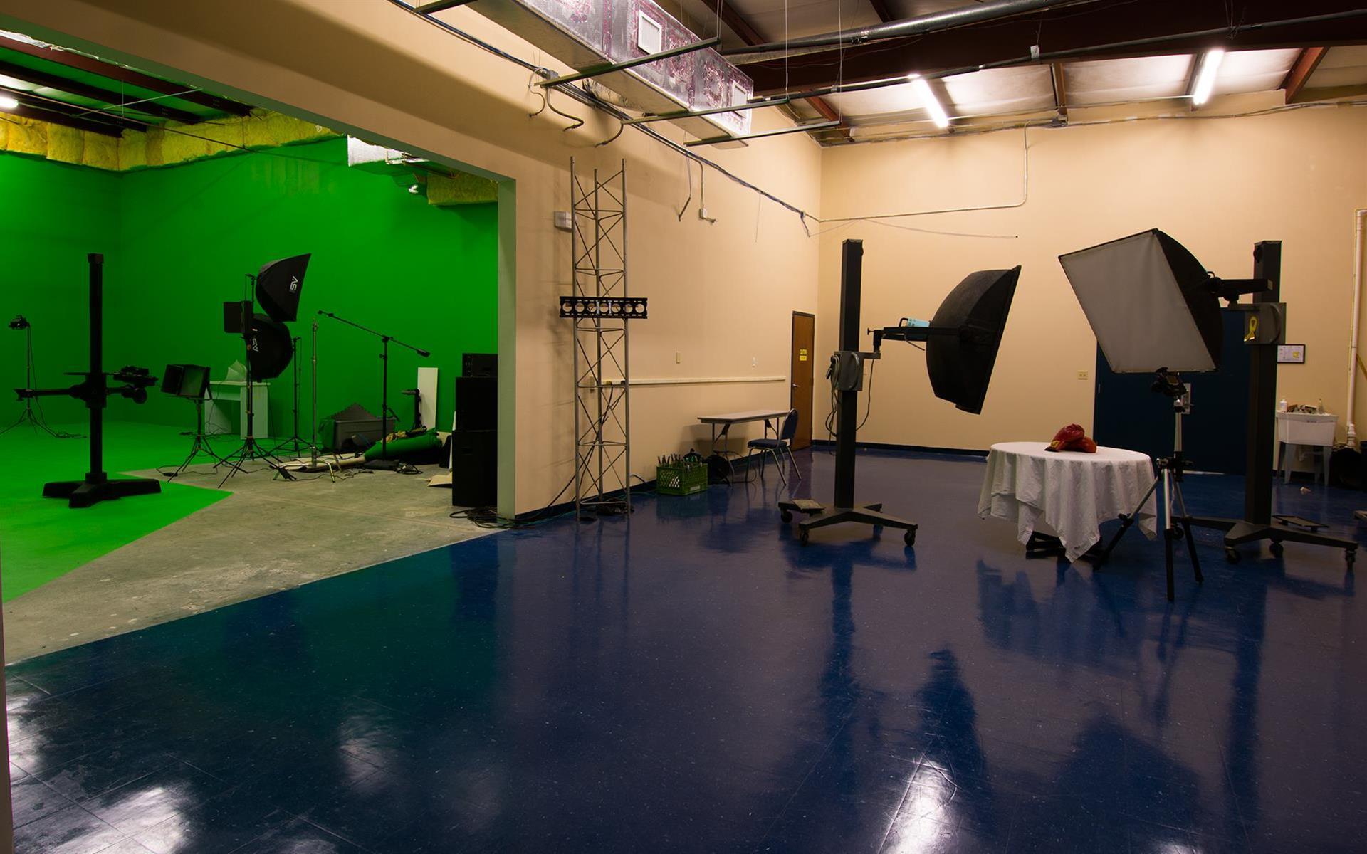Suite 4K Studios - Open Set Studio 2