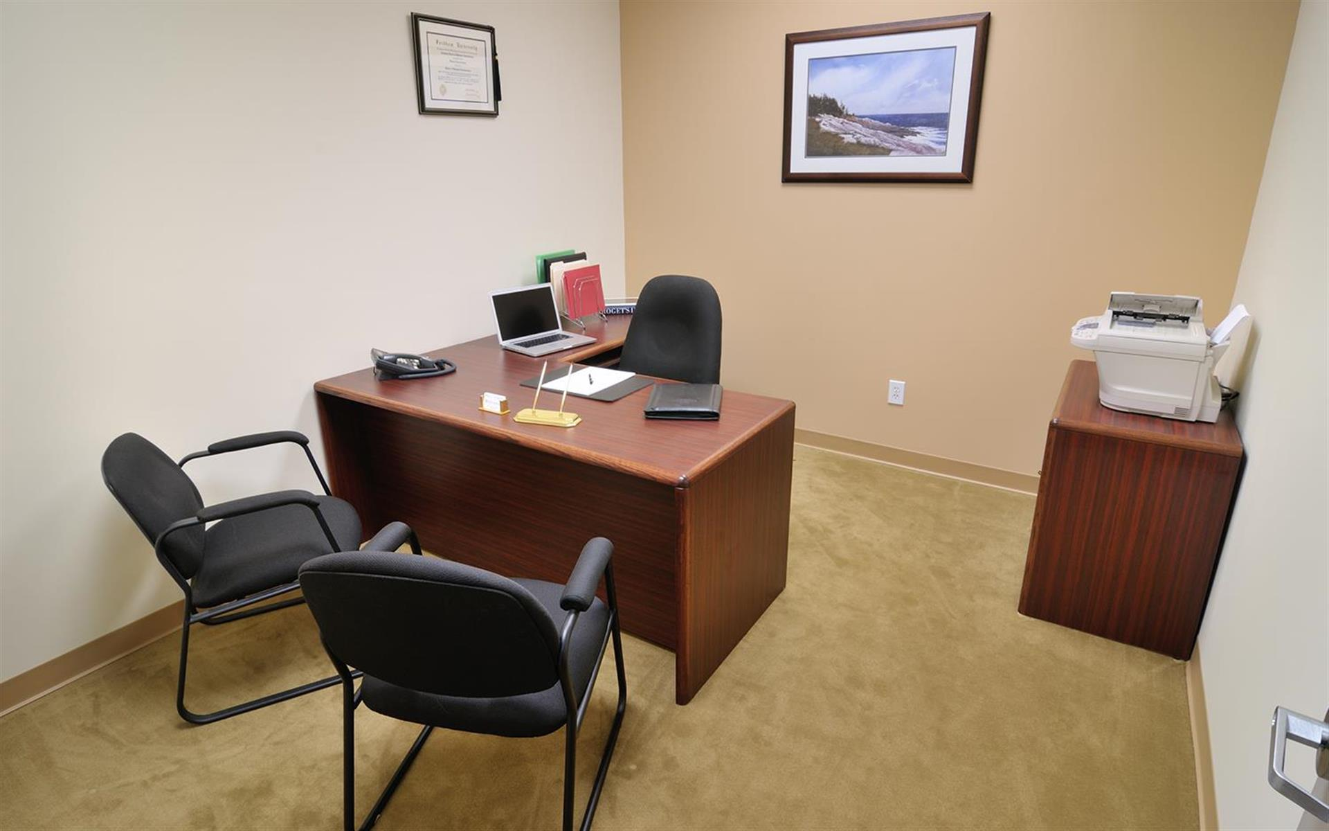 TOTUS Business Center Long Island - Melville, NY - Private Day Office