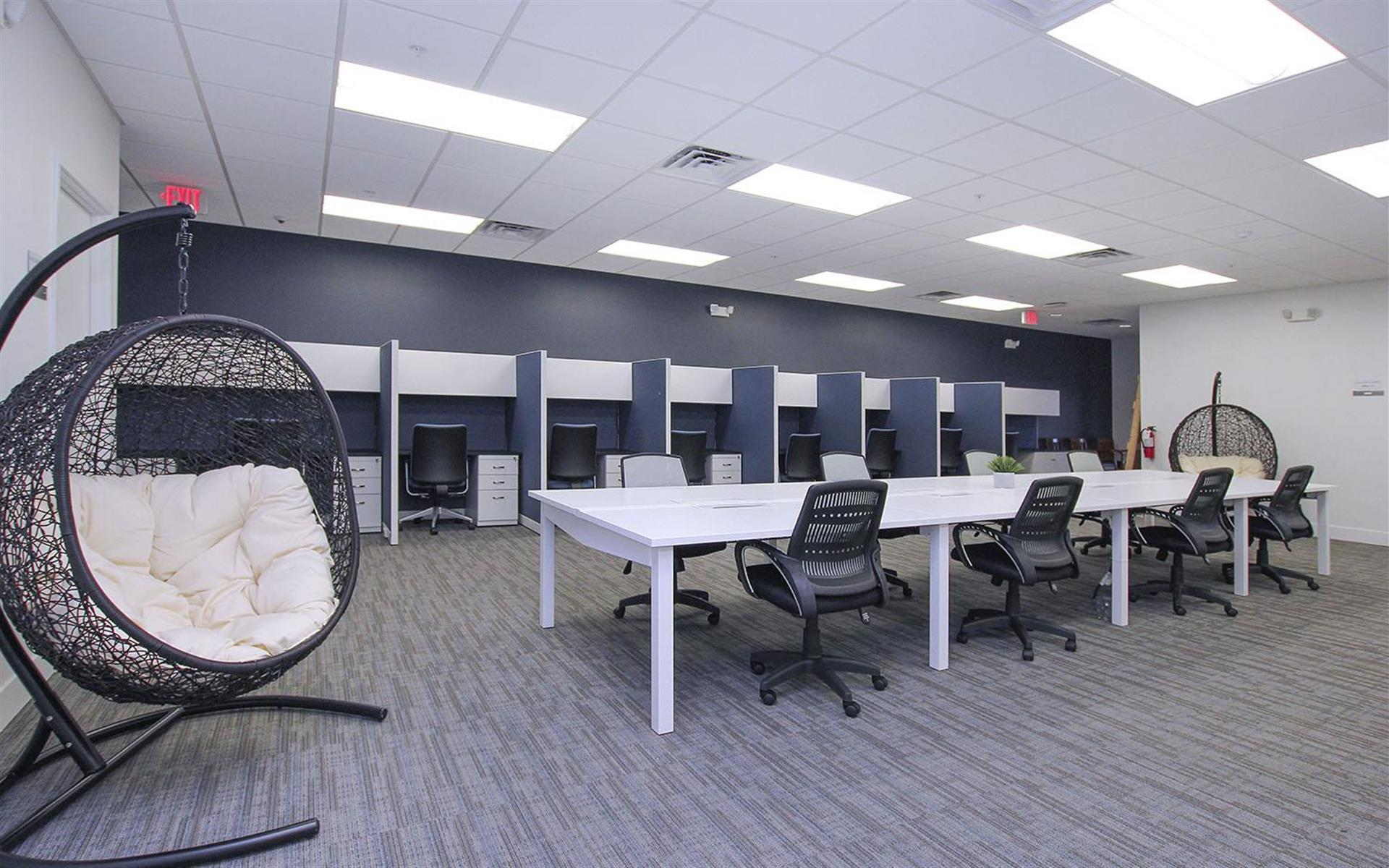 Endeavor Innovative Workspaces - Dedicated Desk