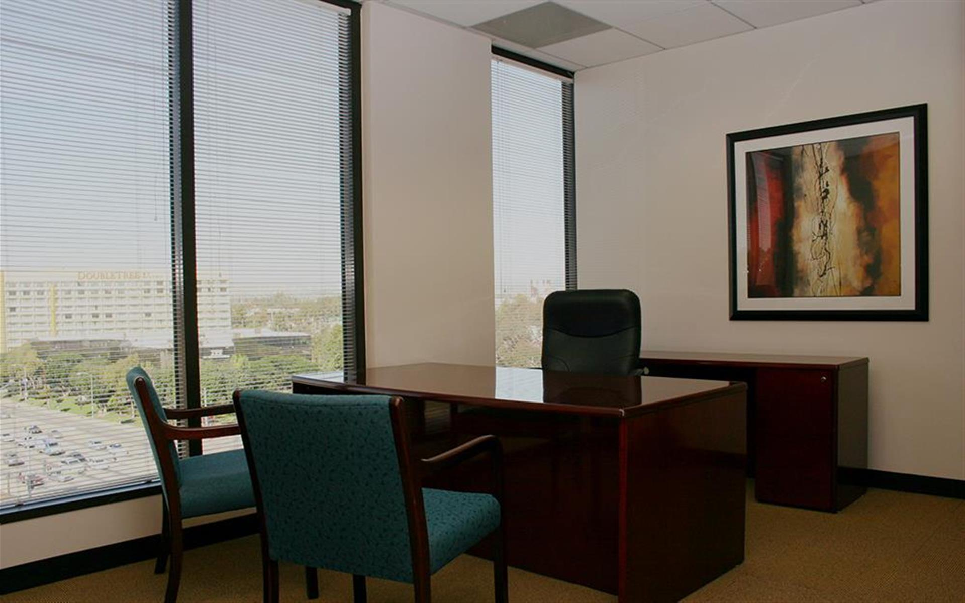 (400) Culver City - 4 office suite