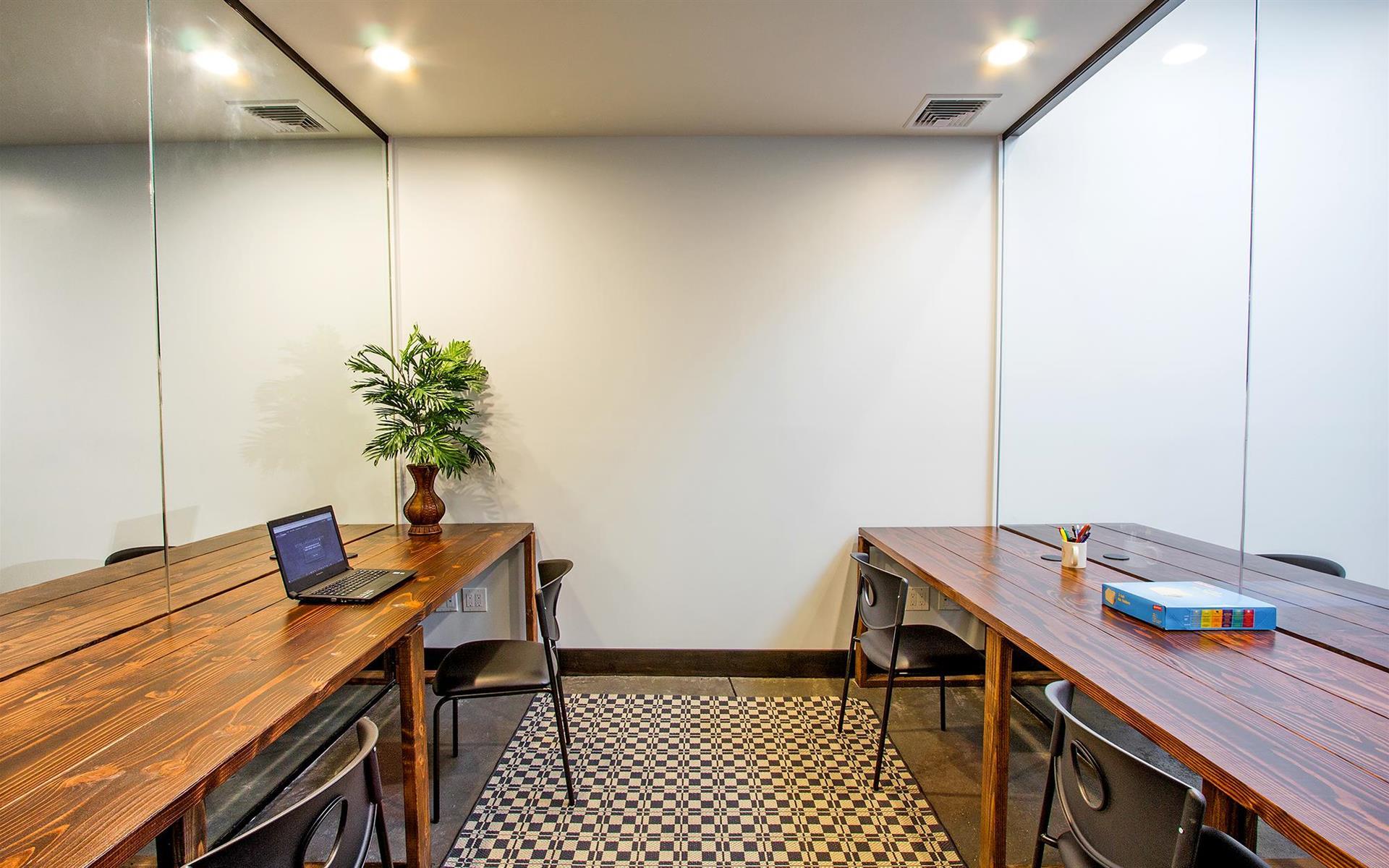 Bridgeworks LLC - Glass Manhattan-Style Office