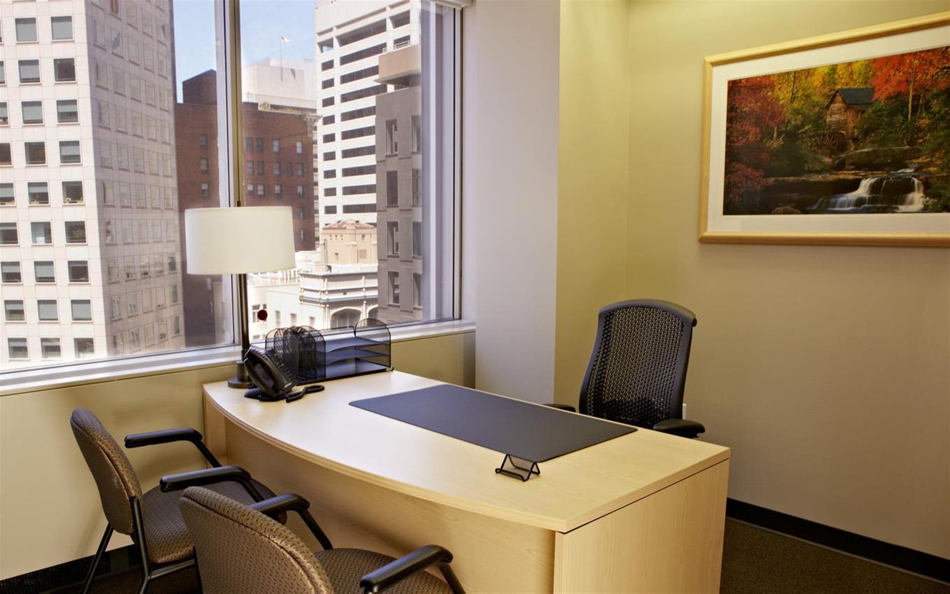 Intelligent Office San Francisco - Day Office 1